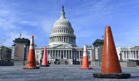 2018 US Government Shutdown Online Conversation Analysis
