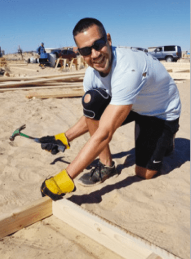 Hispanic Business Owners Volunteer