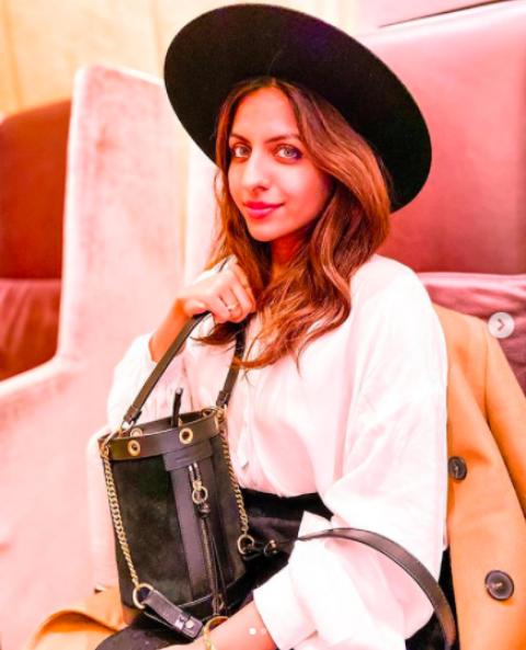 Introduction: Influential Fashion Advisor – @Glazaam